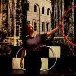 Hoelahoep trucje leren: De Hoepeljuf - hoopdance en hoelahoeps
